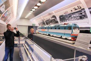 Поезд-выставка прибыл на тюменский вокзал с макетом Сапсана